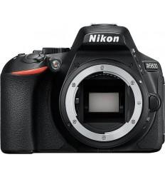 Nikon D5600 (Body)