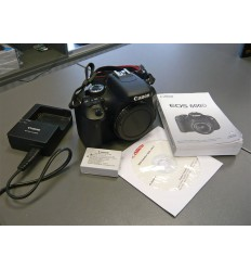 Canon EOS 600D + 18-55 IS (KIT)