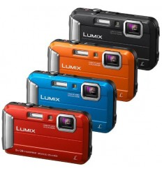 Panasonic Lumix FT30 + torbica in mini stativ