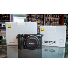 Nikon 1 J5 body + 10mm 2.8 + SB-N5 (demo)